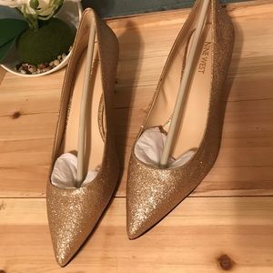 Gold Nine West Heels